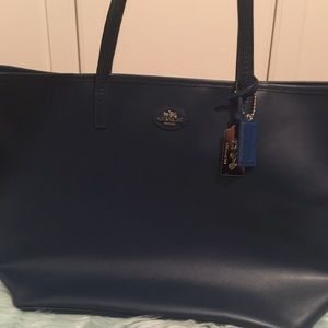 Coach Bags - NWOT Coach Midnight Navy Leather City Tote Large f8a1975bfc2a4